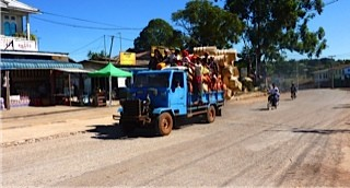 Rural transport on the way to Kalaw market