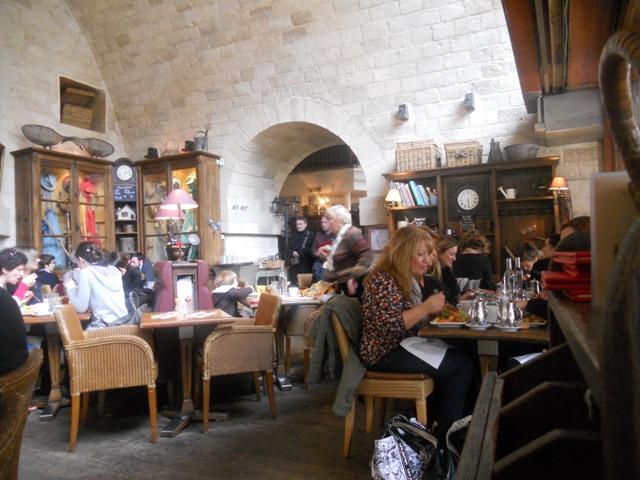 Promenade plantée, Café Jardin l'Arrosoir