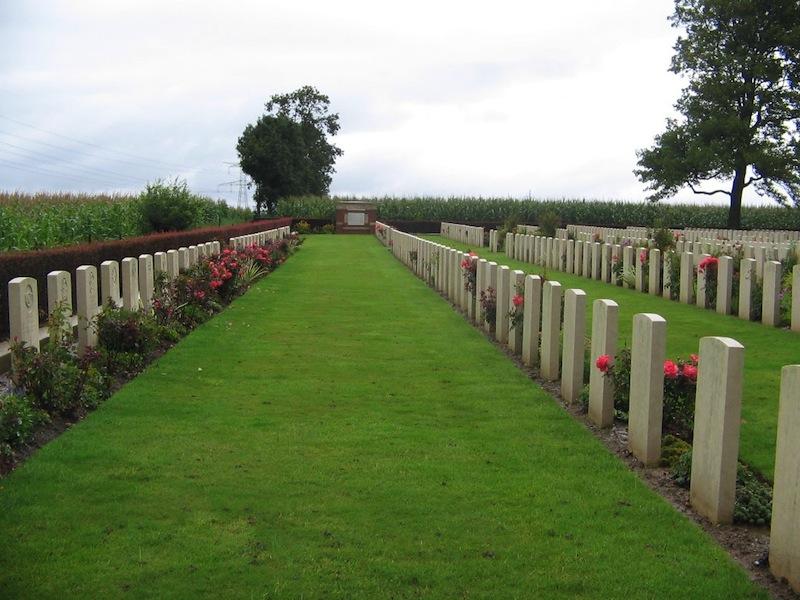 Varennes Military Cemetery CWGC