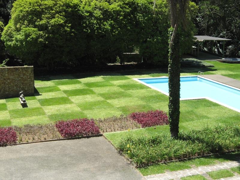 Burle Marx - Edmundo Cavanelas garden checkerboard lawn