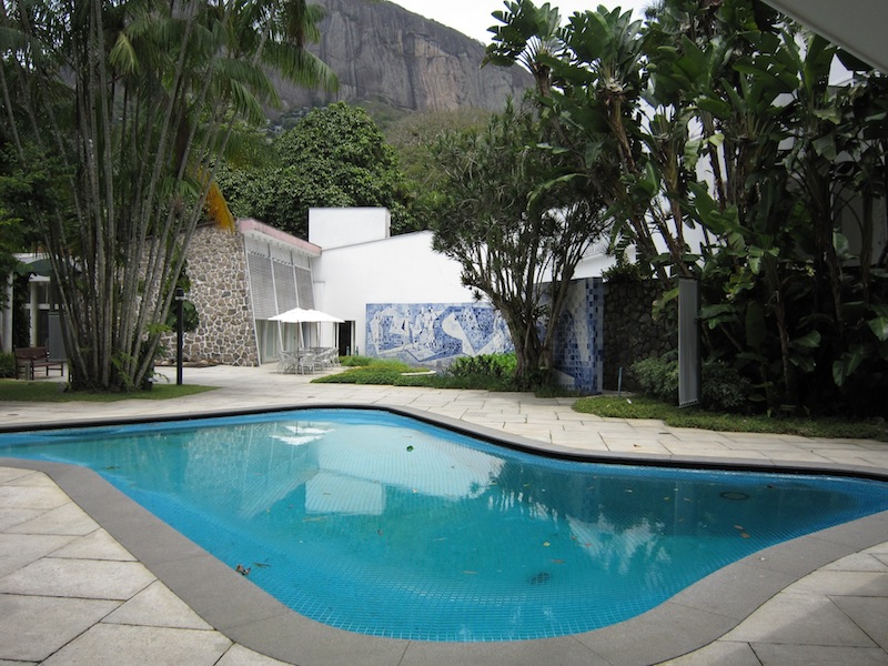 Burle Marx - Instituto Moreira Salles swimming pool