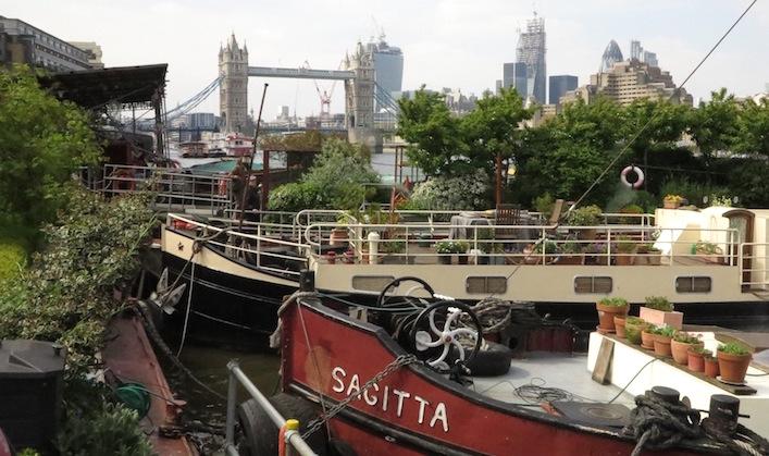London-Barge-Gardens311