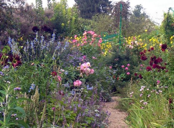 Giverny A Bucket List Garden Of Flowers