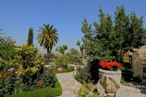 20 Granada Carmen Del Aljibe Del Rey Albaicin By Chin Wong Garden Travel Hub