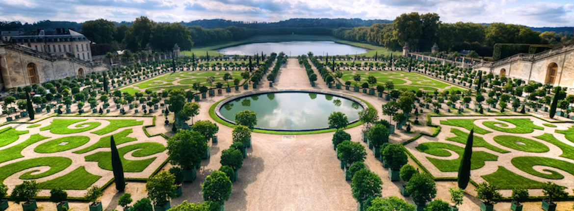 Celebrating andre le n tre visionary landscape designer for Garden design versailles
