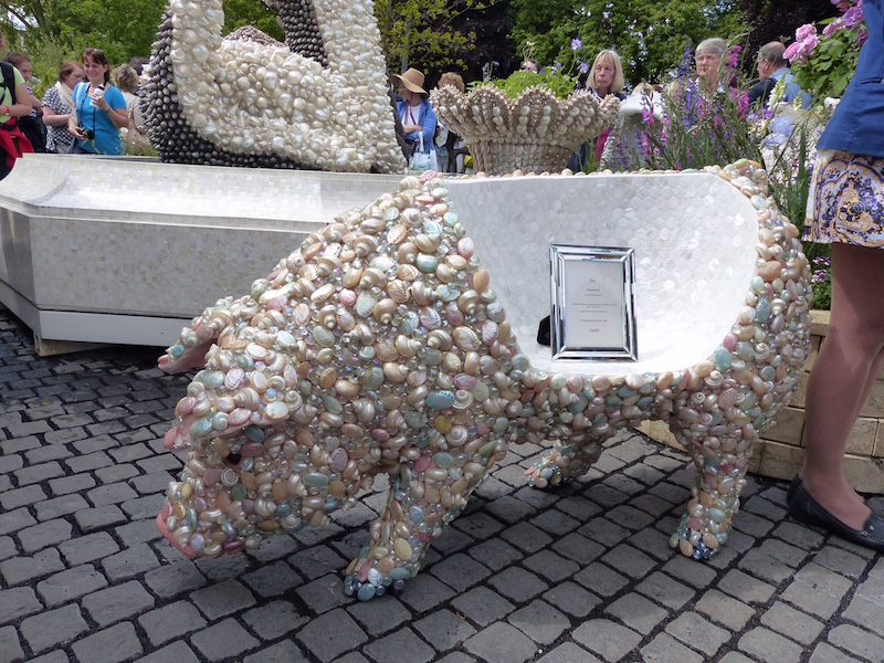 A shell pig seat for only £4500