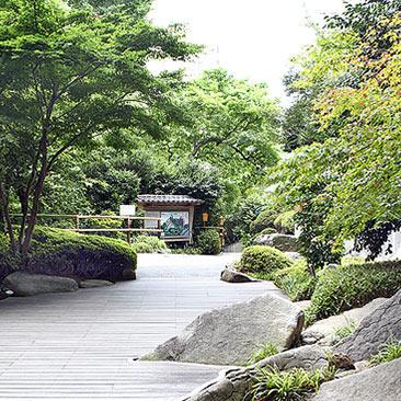 Hotel-Chinzanso-Tokyo-Chinzanso-Plaza