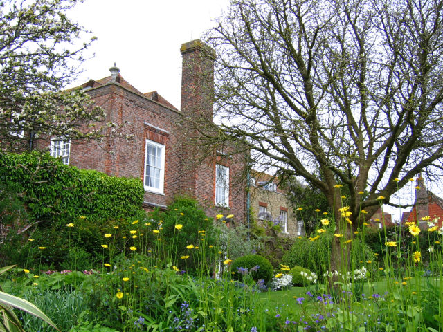 Lamb House and garden. Photo Stephen Craven