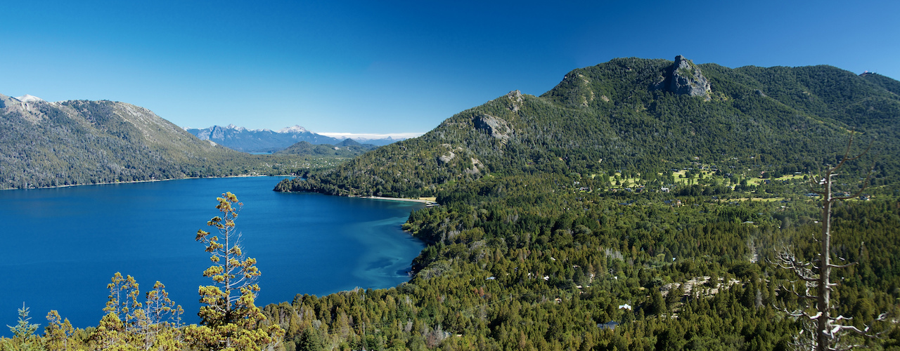 Bariloche - Lago Gutierrez. Photo McKay Savage
