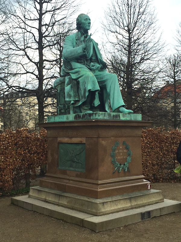 Hans Christian Andersen statue in Kings Garden