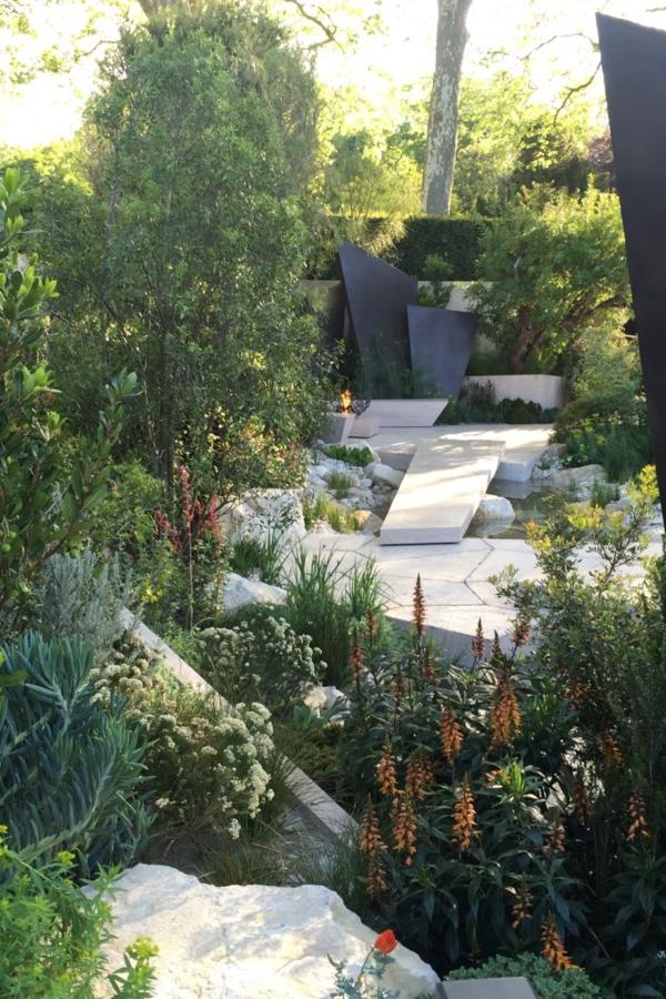 The Telegraph Garden designed by Andy Sturgeon. Best In Show, Chelsea Flower Show 2016