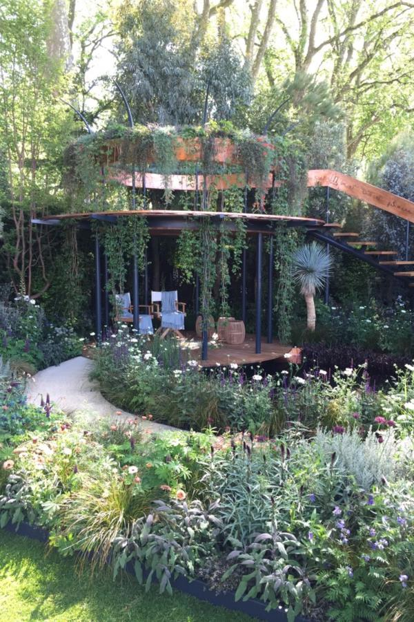 The Winton Beauty of Mathematics Garden designed by Nick Bailey. Chelsea Flower Show 2016