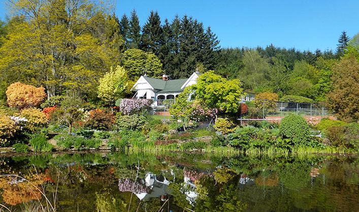 NZ Renaissance Tours Rangiatea-Garden-photo-Sara-Gallagher